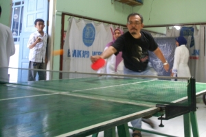 Table tennis free style, by Om Agung