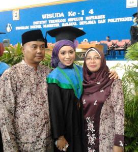 Bapak, aku, dan Ibu