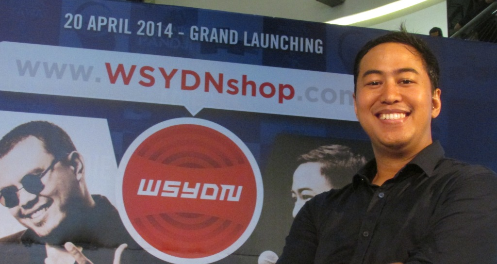 Pandji Pragiwaksono, penggagas WSYDNshop